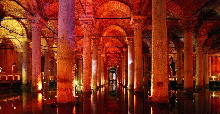 Tarihi Yerler: Yerebatan Sarnıcı