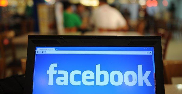 Facebook LinkedIn'e Rakip Oluyor