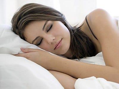 Bir insan ortalama olarak 7 dakikada uykuya dalar.