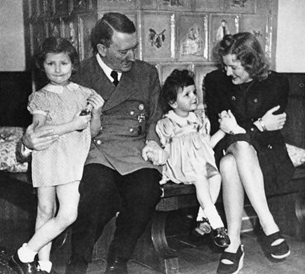 10-Hitler'in aile ortamı
