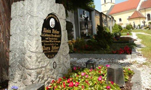 19-Hitler'in mezarı