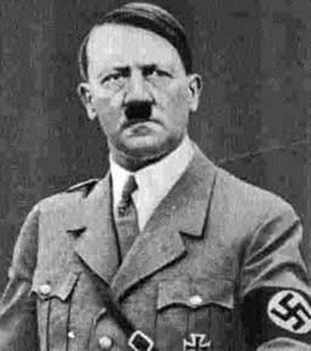 22-Hitler'in bıyığı kendisi için ne ifade ediyordu