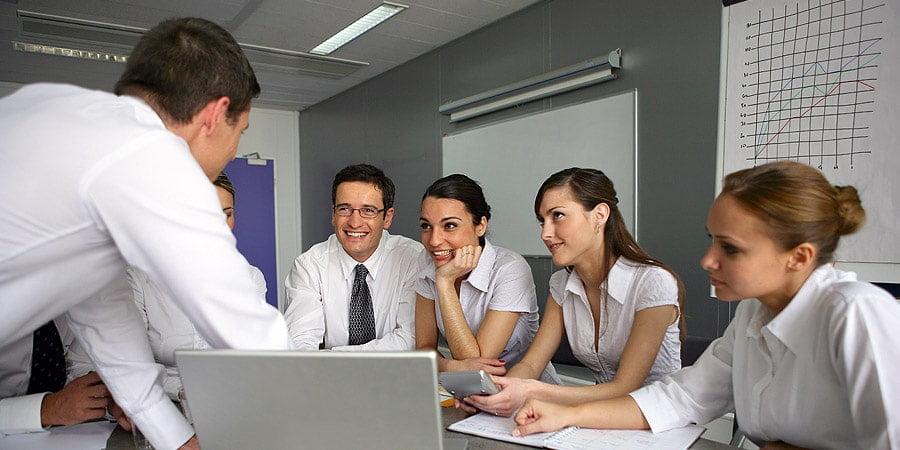 Ofis Çalışanlarına Metabolizmalarını Aktif Tutmaları için 10 Öneri